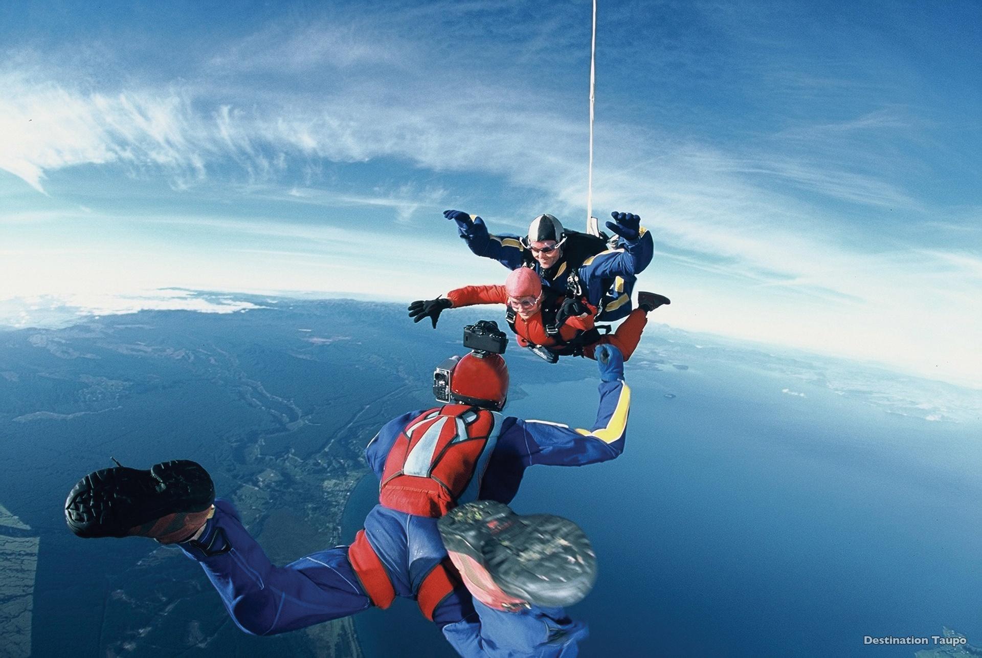 Lake Taupo Skydiving